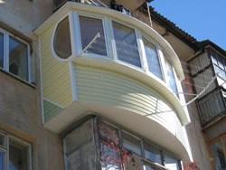 объединение комнаты и балкона в Костроме